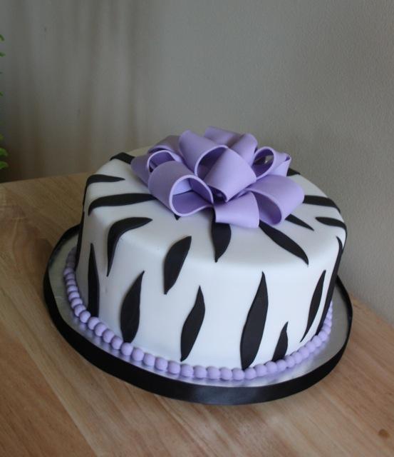 zeebra print bachelorette party cake